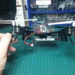 Stromversorgung durch 2 Akkus, 1S 1800mAh für die Drohne, 600mAh für die Kamera. Foto:Ulf Schleth